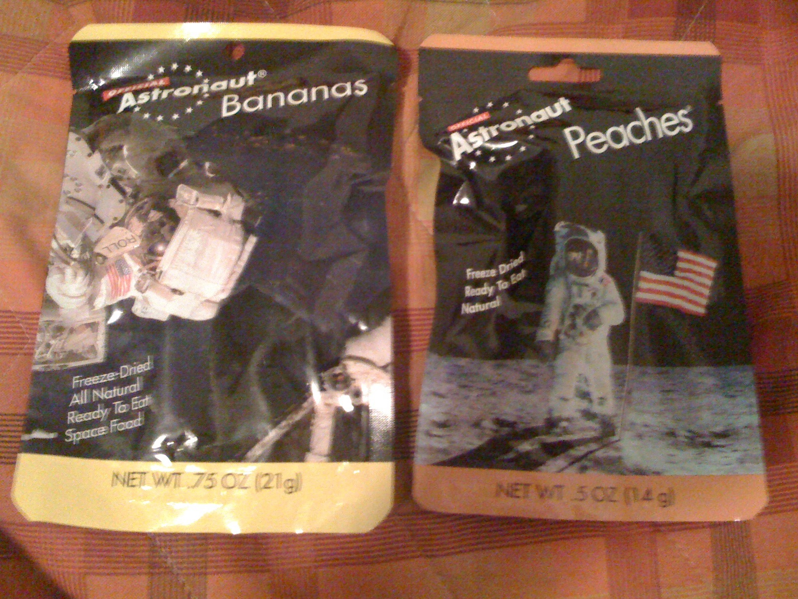 Food for astronauts (peaches and bananas)
