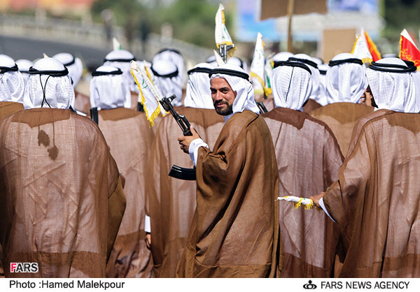Iranian Military Parade 2010 - Soldiers wearing arab dress